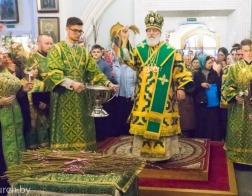 В канун Недели ваий Патриарший Экзарх совершил всенощное бдение в Свято-Духовом кафедральном соборе города Минска