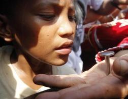 На Филлипинах некоторые католики добровольно приняли крестные муки на Страстную пятницу