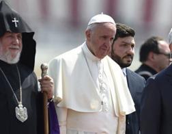 Папа Франциск встретился с президентом Армении и обоими армянскими Католикосами