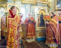 В понедельник Светлой седмицы Патриарший Экзарх совершил Литургию в Александро-Невском храме города Минска