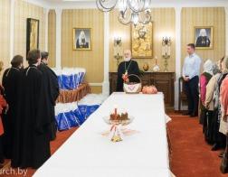 Патриарший Экзарх поздравил сотрудников Минской Экзархии и Минского епархиального управления с Пасхой Христовой
