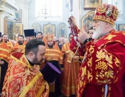В среду Светлой седмицы Патриарший Экзарх совершил Пасхальную вечерню и утреню в Свято-Духовом кафедральном соборе города Минска