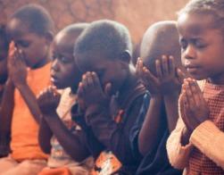 Миссионеры в африканской республике Малави пытаются создать экологичную экономику замкнутого цикла