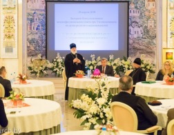 Представители традиционных конфессий и государства обсудили роль религиозных организаций в патриотическом воспитании молодежи