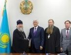 Состоялась встреча митрополита Астанайского Александра с акимом Алма-Атинской области А.Г. Баталовым