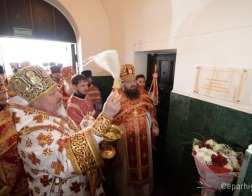 В Гомеле открыта мемориальная доска в память о священнике, расстрелянном НКВД
