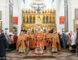 В день памяти святых Виленских мучеников митрополит Павел совершил Литургию в Петро-Павловском соборе города Минска