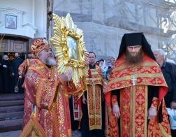 В мозырский кафедральный собор принесена чтимая копия Жировичской иконы Божией Матери