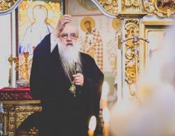 В Неделю 7-ю по Пасхе митрополит Филарет молился за Литургией в домовом храме Минского епархиального управления