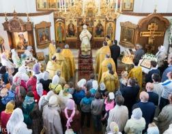 В день памяти святителя Николая Чудотворца митрополит Павел совершил Литургию в Никольском храме микрорайона Сокол города Минска