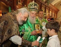 Патриарх Сербский Ириней возглавил Литургию в русском Троицком храме в Белграде