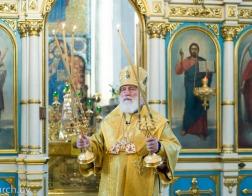 В канун праздника Всех святых Патриарший Экзарх совершил всенощное бдение в Свято-Духовом кафедральном соборе города Минска