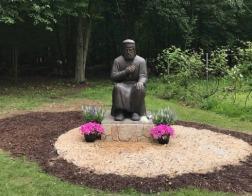 В США открыт памятник преподобному Серафиму Саровскому