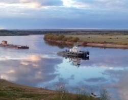 Путешествие в 500 км: Храм-часовня в отдаленное архангельское село приплыл по рекам