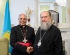 Состоялась встреча митрополита Астанайского Александра с послом Ватикана в Казахстане
