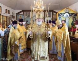 Патриарший Экзарх совершил Литургию в храме в честь святителя Луки Симферопольского в городе Минске