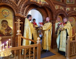 В праздник Собора Белорусских святых в борисовском храме Рождества Христова была совершена Литургия на белорусском языке
