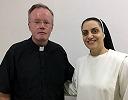 Иракской монахине, пострадавшей от ИГИЛ, во второй раз отказано во въезде в Великобританию