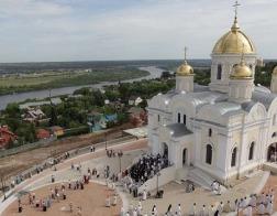 Патриарший наместник Московской епархии освятил Преображенский собор и Никитский храм в подмосковской Кашире