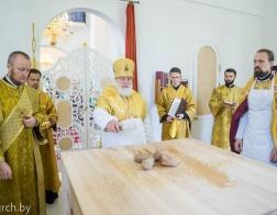 Митрополит Павел совершил чин освящения храма Рождества святого Иоанна Предтечи города Минска