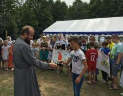 Епископ Лидский и Сморгонский Порфирий посетил детский православный лагерь «Наследники»