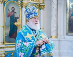 В праздник явления чудотворного образа Пресвятой Богородицы в городе Казани митрополит Павел совершил Божественную литургию в кафедральном соборе города Минска