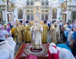 В Неделю 8-ю по Пятидесятнице Патриарший Экзарх совершил Божественную литургию в Свято-Духовом кафедральном соборе города Минска
