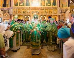 В день памяти преподобного Серафима Саровского митрополит Павел совершил Литургию в Серафимовском приходе города Минска